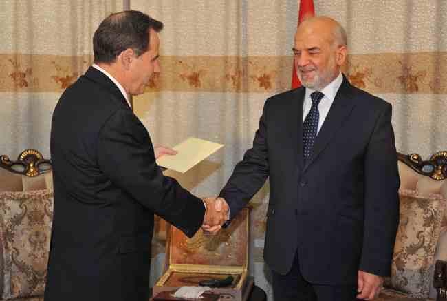 الجعفري لواشنطن : العراق بحاجة للدعم اللوجستي والمعلومات الاستخبارية