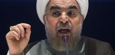 روحاني يتهم المتشددين الإيرانيين