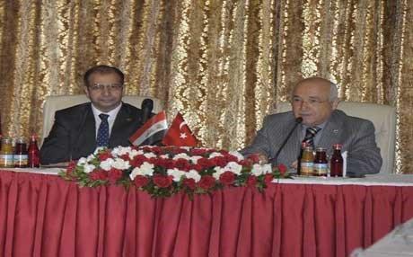 الجبوري يدعو نظيره التركي لزيارة العراق