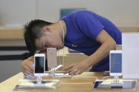 الصين تحد عمليات شراء الهواتف وأجهزة الكمبيوتر في إقليم ذو اغلبية مسلمة
