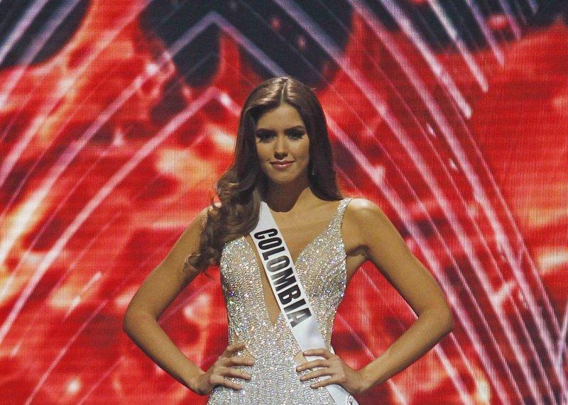 كولومبية تتوج بلقب ملكة جمال الكون 2015