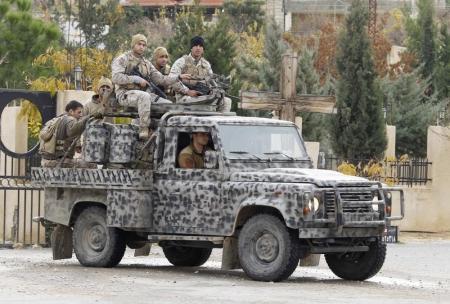 الجيش اللبناني يعلن مقتل جنود ومسلحين في اشتباكات