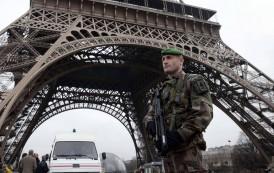 دوافع الهجوم الإرهابي على صحيفة شارلي إيبدو في باريس