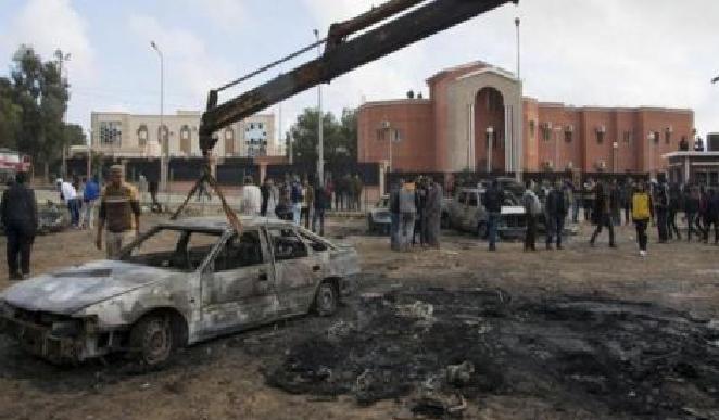 انفجار سيارة مفخخة يستهدف السفارة الإيرانية في العاصمة الليبية