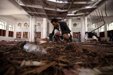 زعيم الحوثيين يقول ان اليمن يواجه صراعا على النمط الليبي
