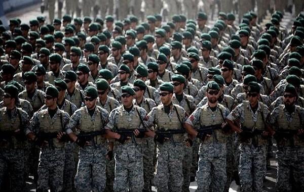 قائد بالحرس الثوري الايراني يتهم السعودية بدعم تنظيم داعش