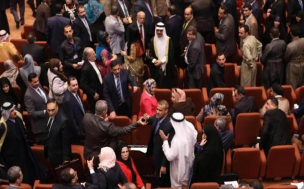 غضب في البرلمان لقصف مقاتلات التحالف الدولي معسكرا للجيش في الرمادي ودعم واشنطن لداعش