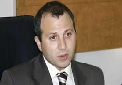 الخارجية اللبنانية: الامارات تقرر ترحيل سبعين لبنانيا معظمهم من الشيعة