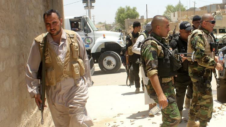 """مقاتلون عراقيون سنة ينضمون الى """"عصائب اهل الحق"""" الشيعية لقتال داعش"""
