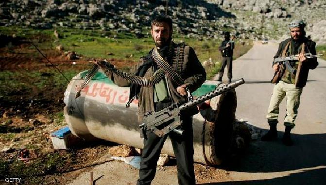 غارات على ريف دمشق وحالات اختناق في إدلب