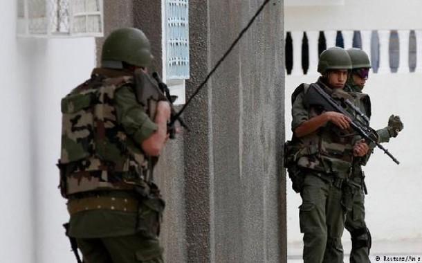 مقتل 8 سياح في هجوم على مبنى البرلمان التونسي واحتجاز رهائن