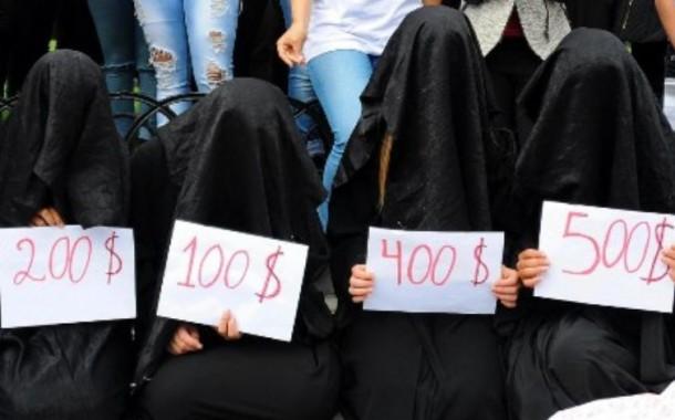 قلق عراقي من مخاطر اجتماعية لاوضاع النازحين و