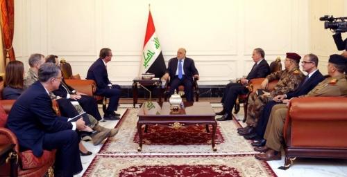 العبادي وكارتر يؤكدان أهمية قطع طرق الامداد بين الموصل وسوريا