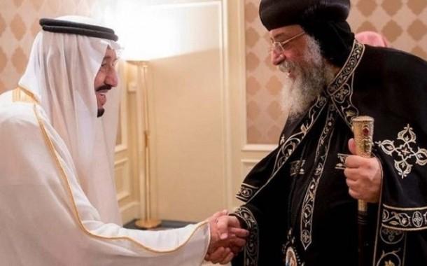 أول لقاء تاريخي بين ملك سعودي وبابا قبطي
